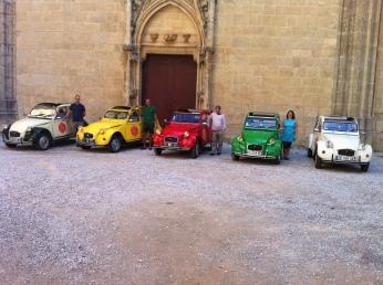 Vin4 heures tour et ses chauffeurs de deuch - Cathédrale St Just Narbonne Photo Vin4 heures tour