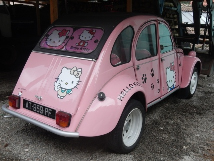 2CV Hello Kitty