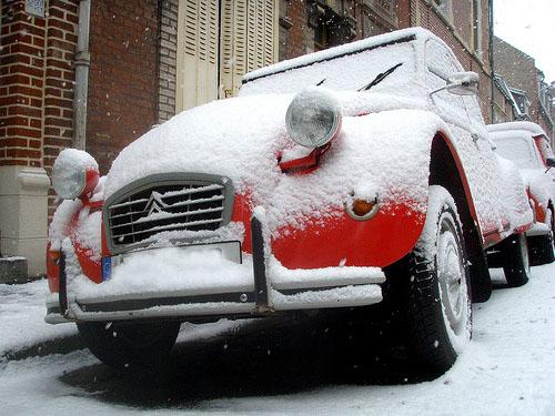 2CV Vin4 heures tour sous la neige!